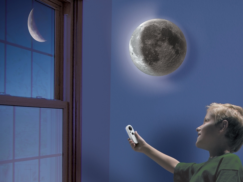 Uncle Milton\'s Toys | Ever Wonder? | Super Moon In My Room®